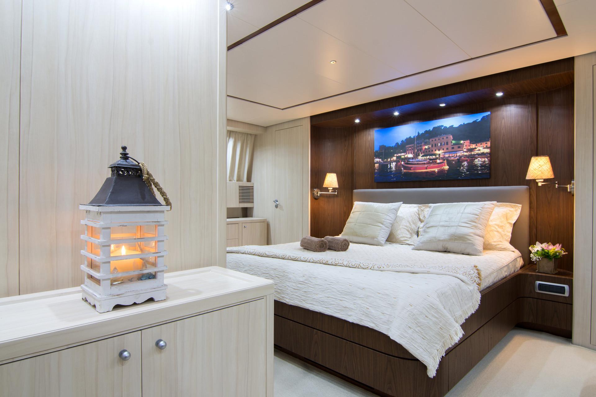 Yacht ACIONNA by San Lorenzo - 4.jpg