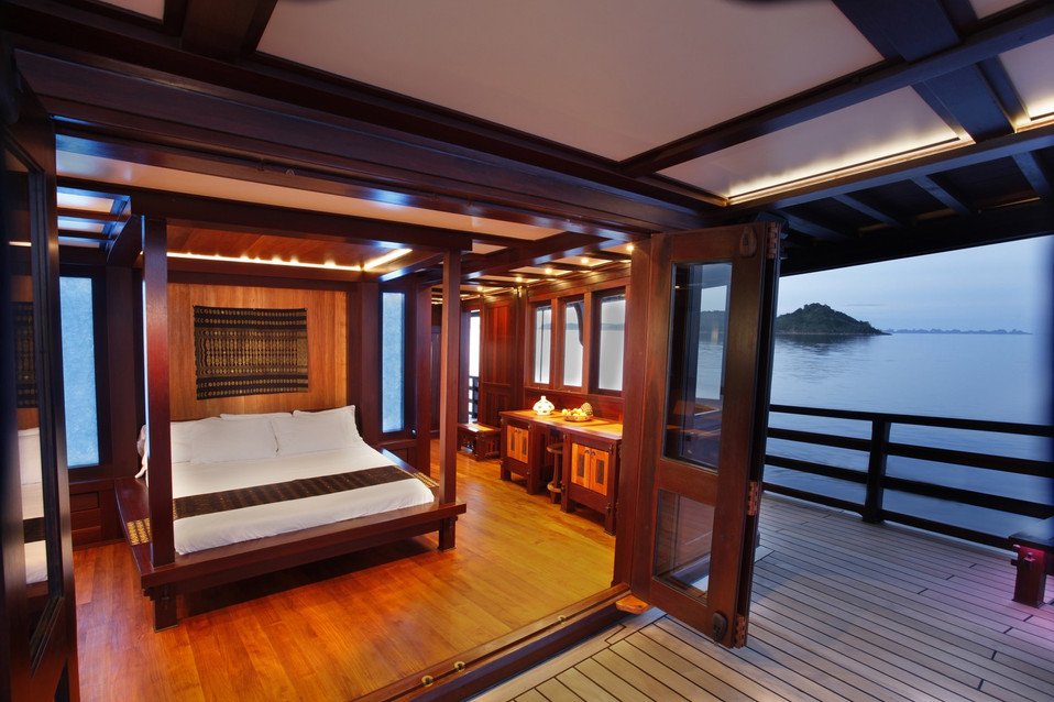 [51m-Yacht-DUNIA-BARU]-9212-28.jpg