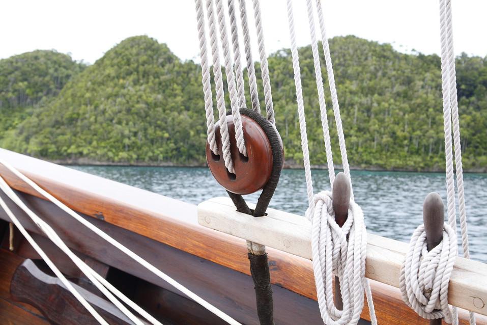 [51m-Yacht-DUNIA-BARU]-9212-23.jpg