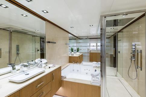 maybe-yacht-photos-91-1024x683.jpg