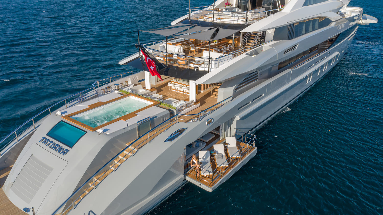 fabulous aft decks of 80m superyacht.jpg