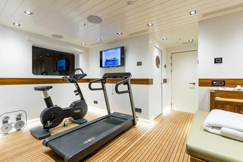 maybe-yacht-photos-96-1024x683.jpg