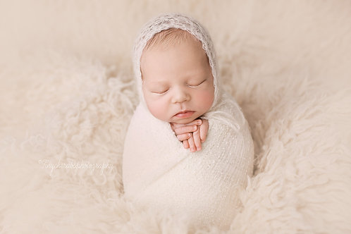 Book your newborn session