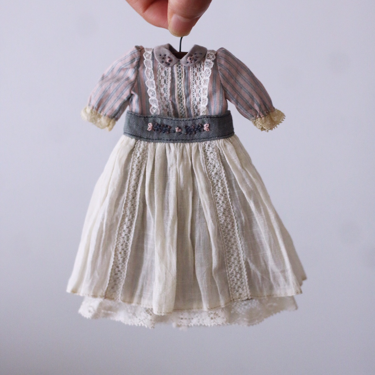 Hanon fabric dress