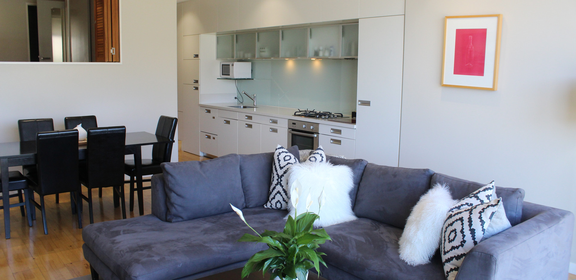 Spacious Living and Dining, QS Jade 216, Queenstown Stays