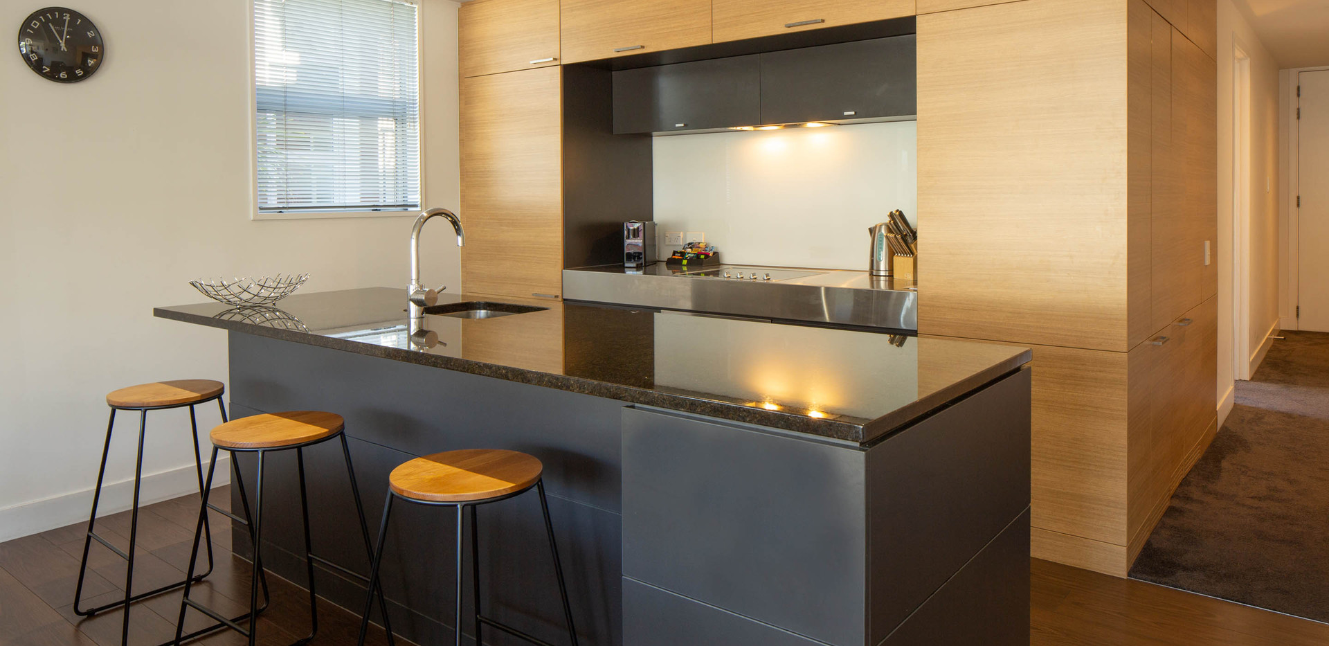 Marina: 2 Bedroom LakesideApartment, Queenstown Stays