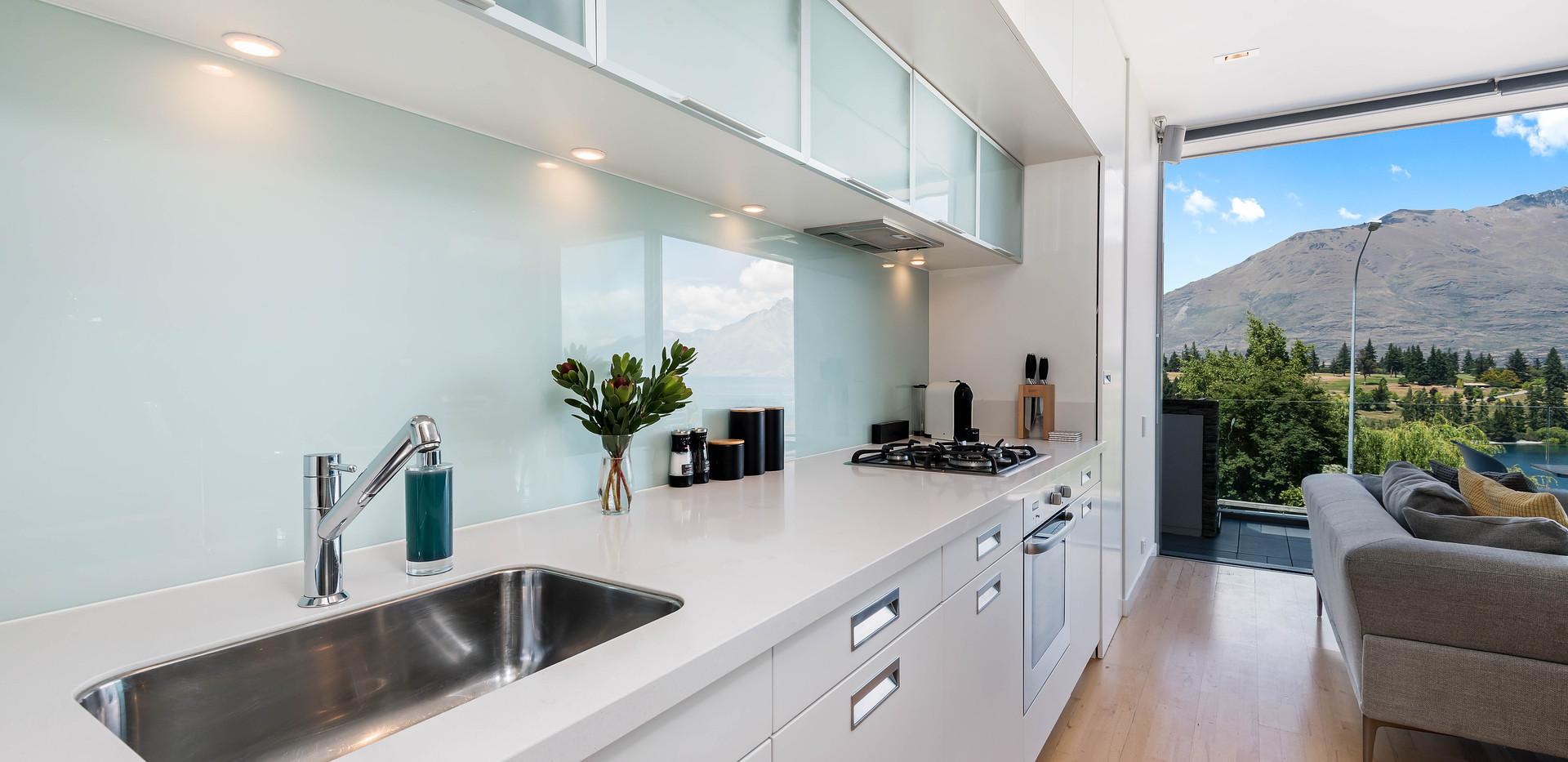Holiday apartment kitchen, Queenstown Stays