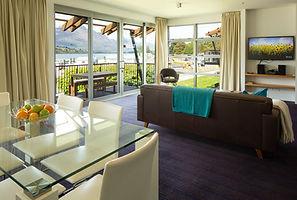 Genuine Lakefront Premium Apartment Queenstown NZ
