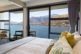 Lakeside holiday apartment queenstown