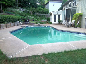 How much does it cost to fill in a pool?