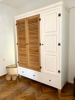 Turkish Modern Wardrobe