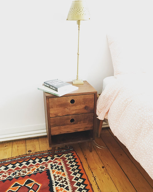 Nightstand/Side Table (Second Style)