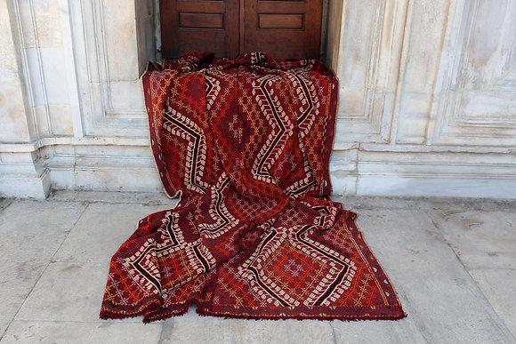 "Vintage Anatolian Kilim 10'3"" x 5'4"""