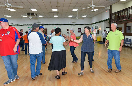 square-dance-pic3.jpg