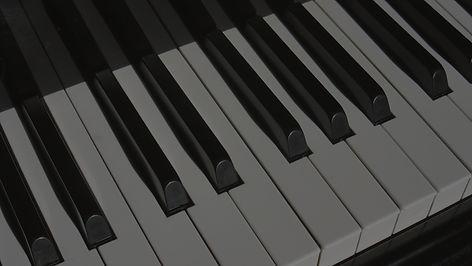 piano-1011440_1920_edited.jpg