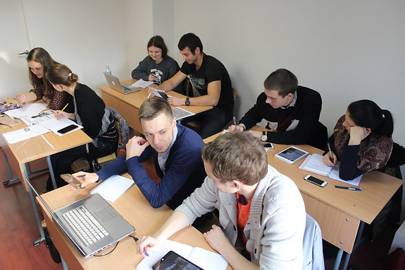 Ученики курса английского языка Школы ИнЯз.jpg