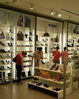 Ayakkabı ve Çanta Mağaza Raf Sistemleri