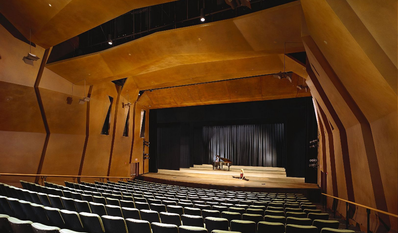U of A - Stevie Eller Dance Theatre