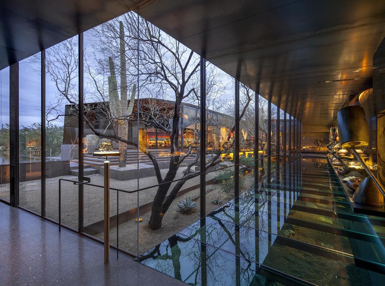 Desert Courtyard house