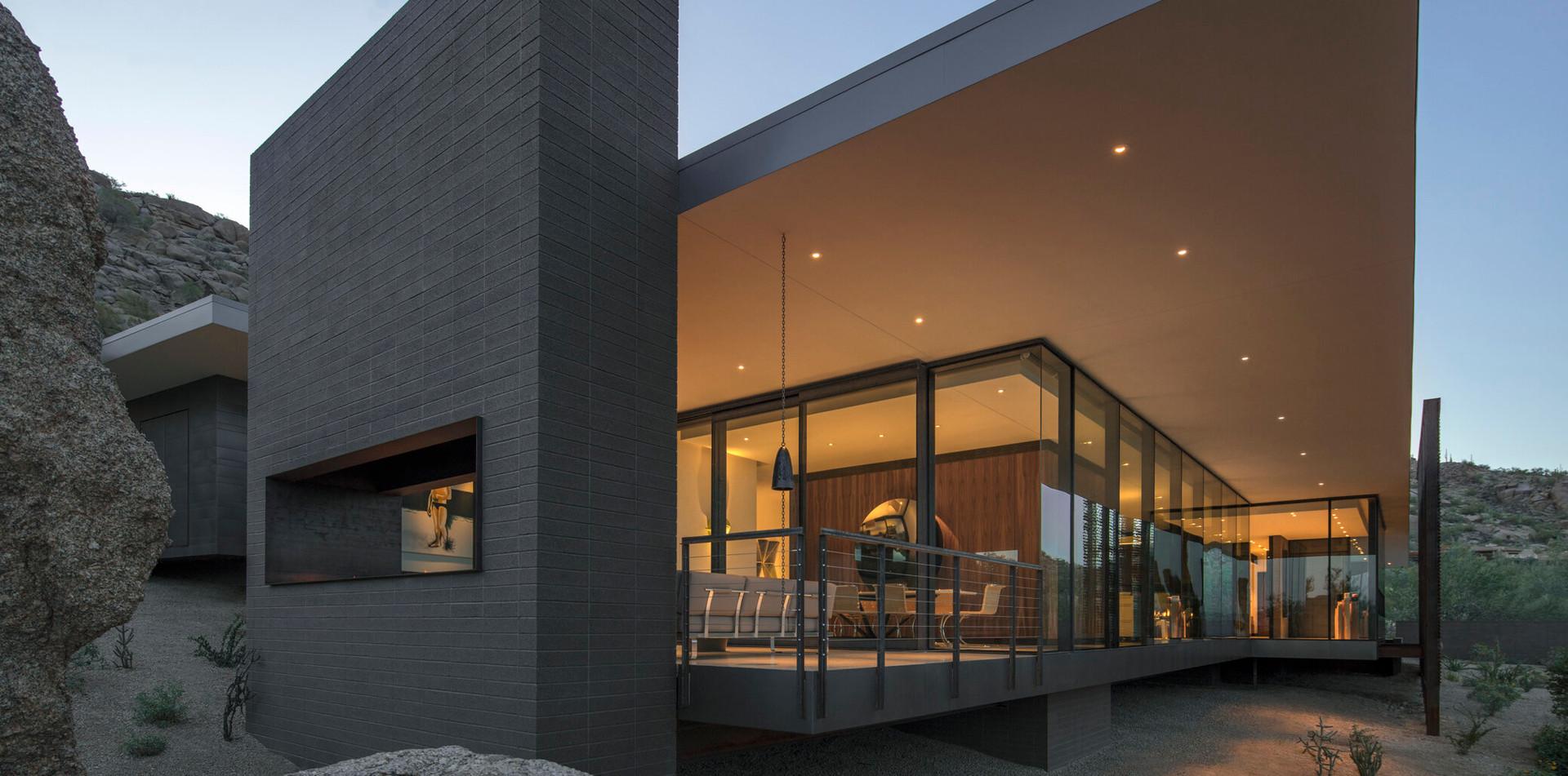 Desert Platform House