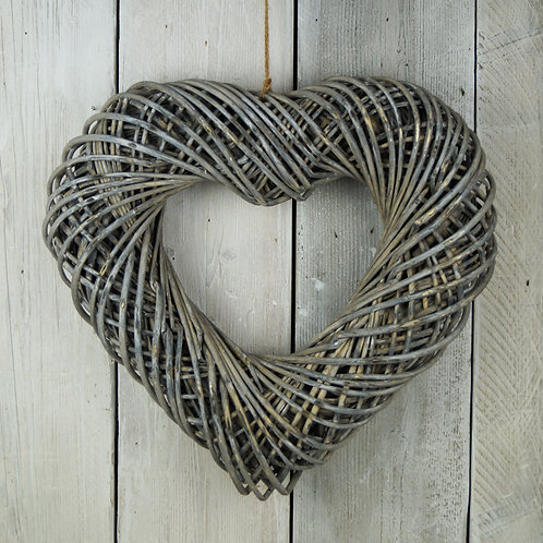 Wrapped Wicker Heart 40cm