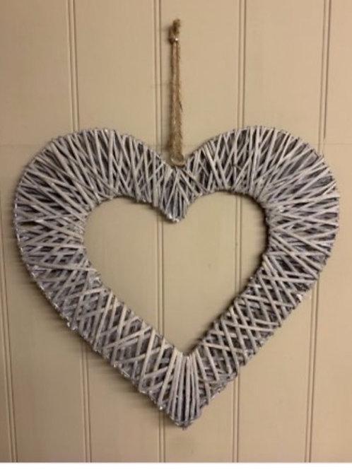 Hanging woven wicker heart 40cm