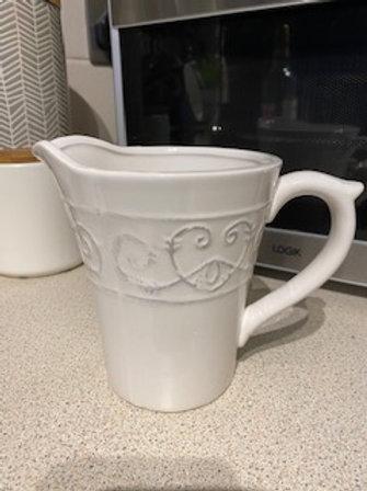 Heart pattern ceramic jug white 14cm