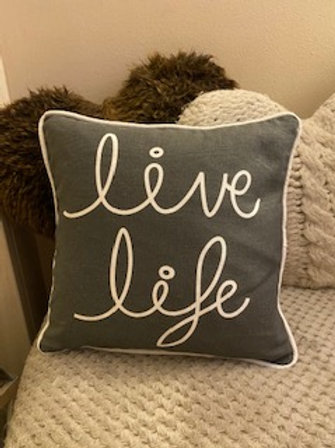 Live life cushion