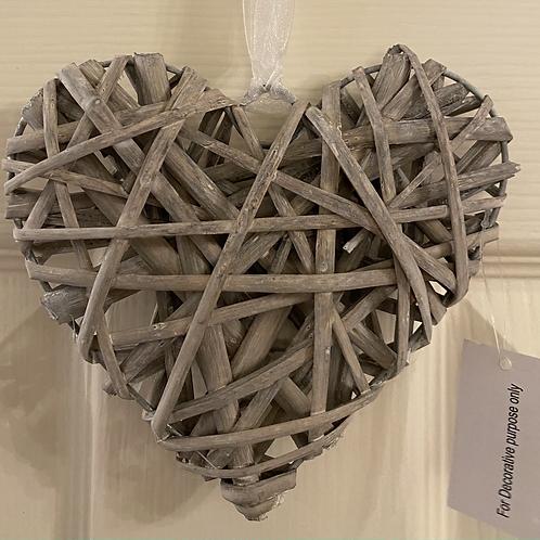 Rustic wicker hearts grey
