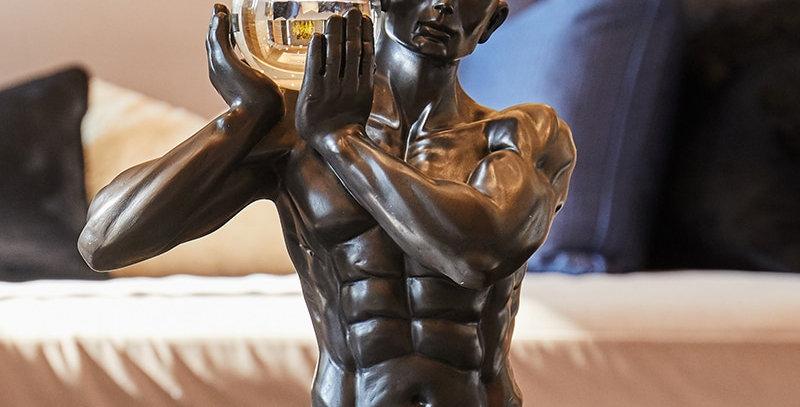 Moderne statue le porteur