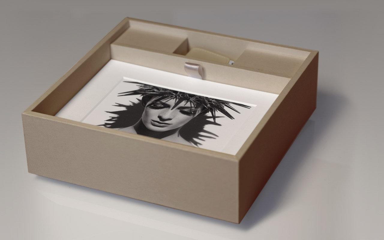 photo_box_new-1.jpg