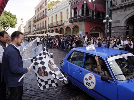 LUIS BANCK PARTICIPA EN EL BANDERAZO DE SALIDA DEL PUEBLA CLASSIC TOUR