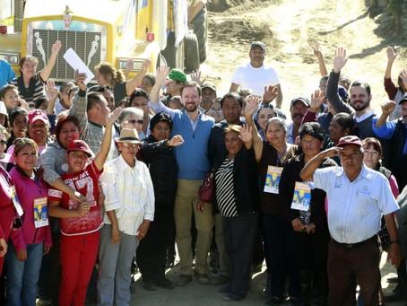 LUIS BANCK Y VECINOS ARRANCAN LA PAVIMENTACIÓN DE CINCO VIALIDADES EN LA RESURRECCIÓN