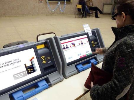 Busca INE implementar el voto electrónico en las próximas elecciones