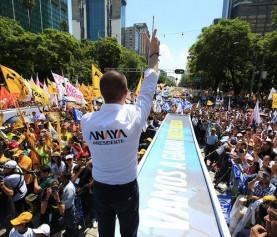Acompañan más de 150 mil personas a Ricardo Anaya en su cierre de campaña en el Ángel de la Independ