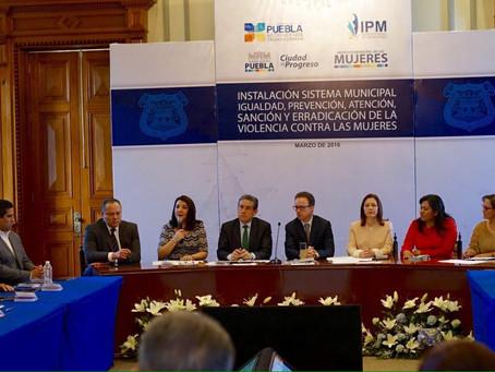 En el Día Internacional de la Mujer el Alcalde Luis Banck, afirmó que en Puebla Capital, se está dan