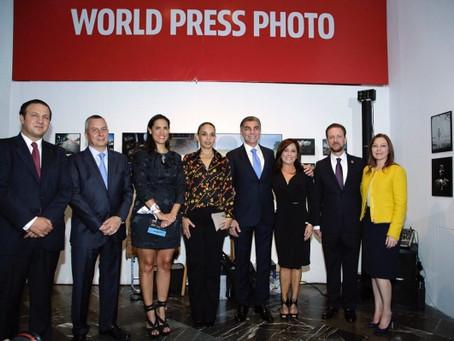 TONY GALI Y LUIS BANCK ABREN AL PÚBLICO EXPOSICIÓN WORLD PRESS PHOTO 2017