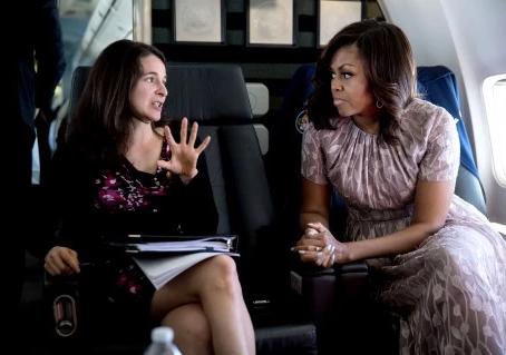 ¿Qué hay en la mente de Michelle Obama? Conoce a la redactora de discursos que expresa sus palabras