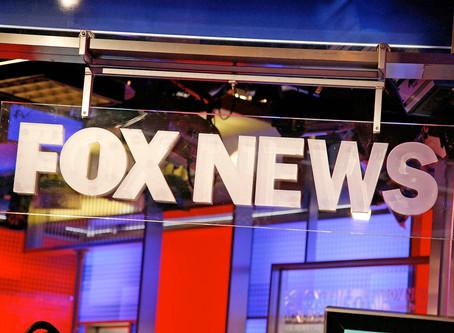 Cómo Fox News moldea la realidad en un drama televisivo serializado