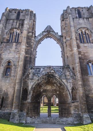Ecosse_Elgin Cathedral_ 18-11 _02.jpg