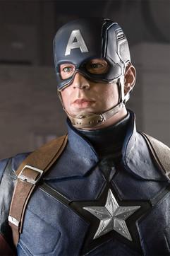 captain-america-civil-war-life-size-1-1-