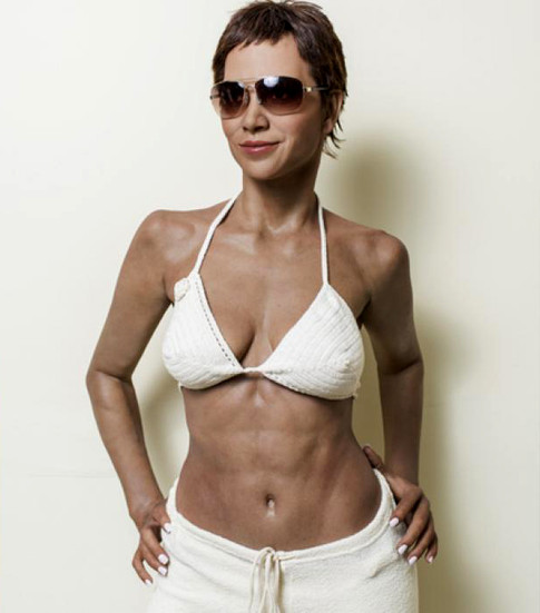 Halle Berry hollywood actress lifesize silicone statue