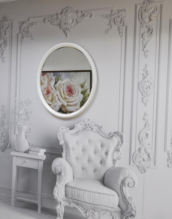 Зеркало в круглой раме