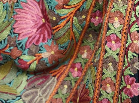 Garden-of-love-Kashmir-Shawl-667x1000.jp