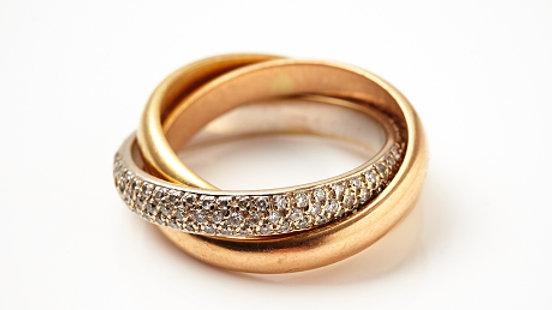Trinity model 18K Gold Diamond Ring
