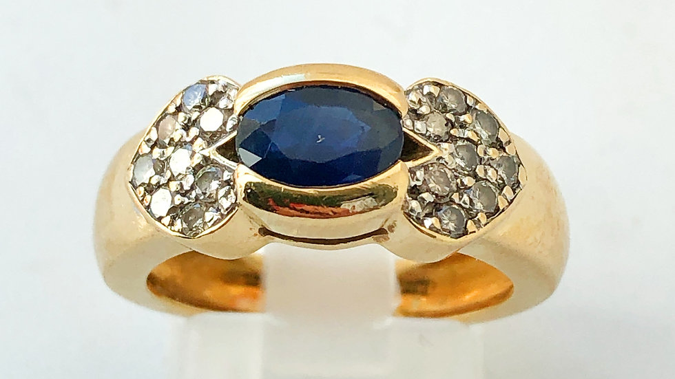 Blue Sapphire and Diamonds Gold Ring 18K