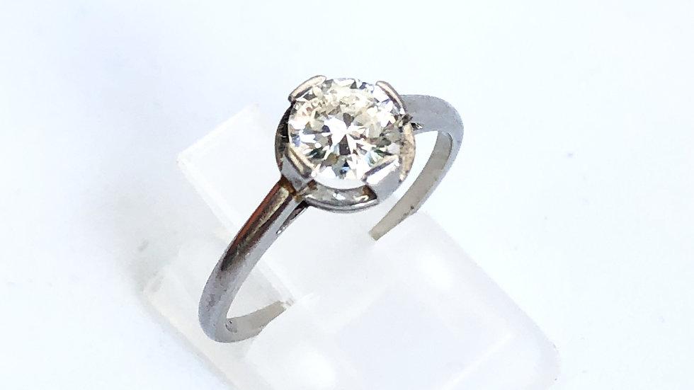 Antique 0,72 ct Diamond Engagement Ring in Platinum