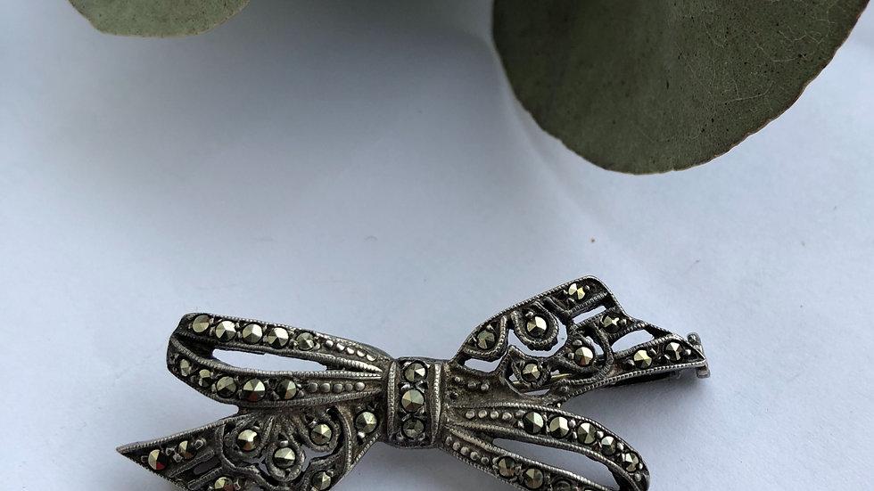 Brooch Marcasite Silver 830