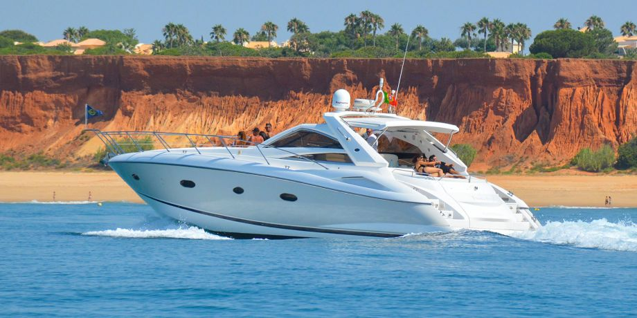 Yacht Charter Vilamoura
