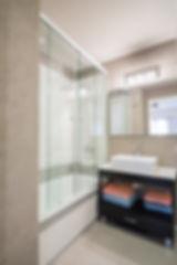 baño ppal.jpg